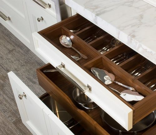 Выбираем шкафы под посуду