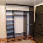 Монтаж и крепление дверей шкафа-купе: инструкция по сборке