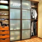 Полки для шкафа купе: от выбора до расположения