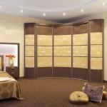 Радиусные шкафы в спальню: красиво и современно