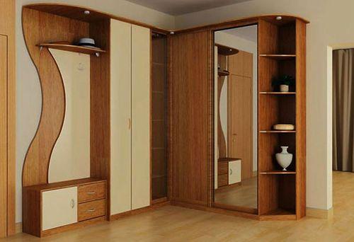 Мебельный гарнитур в прихожей