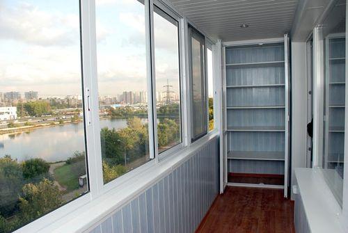 shkaf_vybrat_na_balkon_08