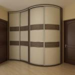 Какие двери для шкафа-купе бывают: фото подборка