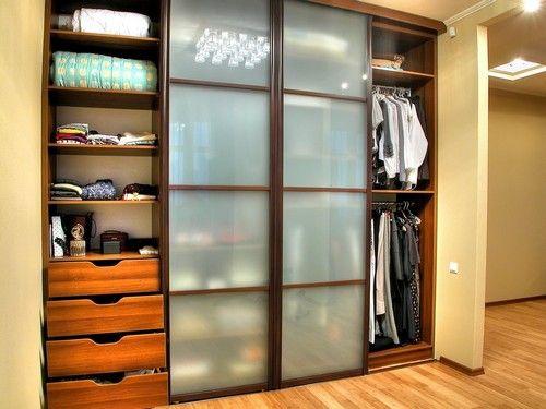 Выбираем встроенный шкаф