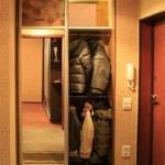 Встроенные шкафы-купе в прихожую: экономим пространство