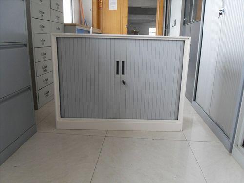 Шкаф с роставнями