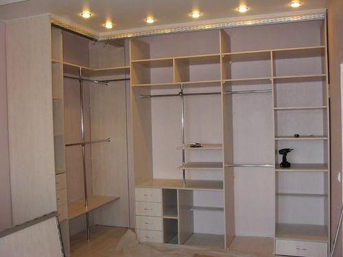 Как собрать угловой шкаф?