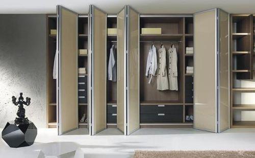 Выбираем шкаф с дверями гармошка