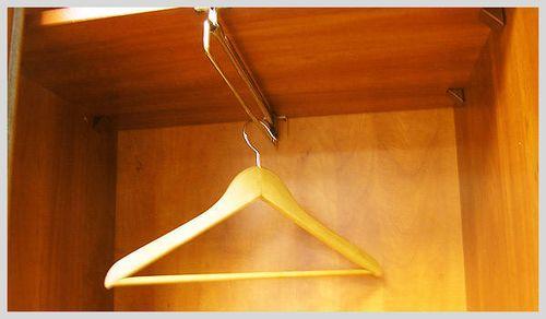 Выбираем штанги в шкаф купе